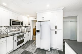 """Photo 11: 118 13888 70 Avenue in Surrey: East Newton Townhouse for sale in """"Chelsea Gardens"""" : MLS®# R2486010"""