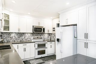 """Photo 4: 118 13888 70 Avenue in Surrey: East Newton Townhouse for sale in """"Chelsea Gardens"""" : MLS®# R2486010"""