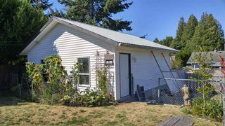 Photo 17: 5756 NEPTUNE Road in Sechelt: Sechelt District House for sale (Sunshine Coast)  : MLS®# R2491794