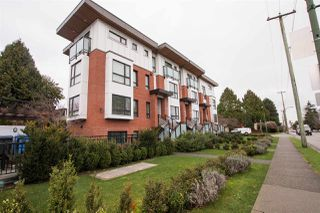 "Photo 2: 987 W 70TH Avenue in Vancouver: Marpole Townhouse for sale in ""Shaughnessy Gate"" (Vancouver West)  : MLS®# R2525753"