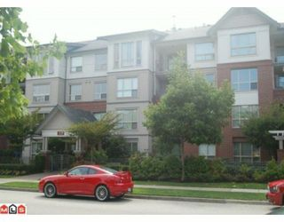 "Photo 1: 211 15188 22ND Avenue in Surrey: Sunnyside Park Surrey Condo for sale in ""MUIRFIELD GARDENS ON 22ND"" (South Surrey White Rock)  : MLS®# F1003187"
