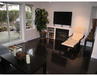 "Photo 4: 104 876 W 14TH Avenue in Vancouver: Fairview VW Condo for sale in ""WINDGATE LAUREL"" (Vancouver West)  : MLS®# V760863"