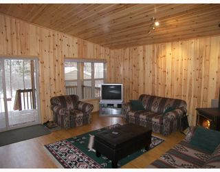 Photo 3: 1 GRANITE Bay in RENNIE: Manitoba Other Residential for sale : MLS®# 2913722