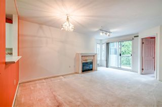 """Photo 6: 203 1537 CHARLES Street in Vancouver: Grandview Woodland Condo for sale in """"Charles Gardens"""" (Vancouver East)  : MLS®# R2394813"""