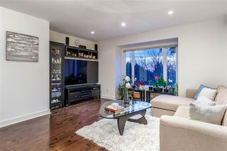 Photo 7: 250 W Rockland Road in North Vancouver: Upper Lonsdale House for sale : MLS®# r2388323