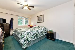 Photo 9: 136 15215 105 Avenue in Surrey: Guildford Townhouse for sale (North Surrey)  : MLS®# R2422053