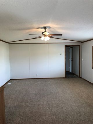 Photo 4: 10487 98 Street: Taylor Manufactured Home for sale (Fort St. John (Zone 60))  : MLS®# R2422483
