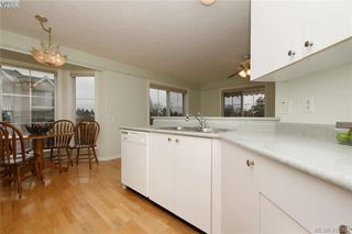 Photo 8: 303 3133 Tillicum Road in VICTORIA: SW Tillicum Condo Apartment for sale (Saanich West)  : MLS®# 419394