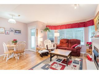 """Photo 10: 75 6488 168 Street in Surrey: Cloverdale BC Townhouse for sale in """"Turnberry"""" (Cloverdale)  : MLS®# R2426262"""