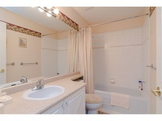 """Photo 16: 75 6488 168 Street in Surrey: Cloverdale BC Townhouse for sale in """"Turnberry"""" (Cloverdale)  : MLS®# R2426262"""
