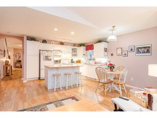 """Photo 12: 75 6488 168 Street in Surrey: Cloverdale BC Townhouse for sale in """"Turnberry"""" (Cloverdale)  : MLS®# R2426262"""
