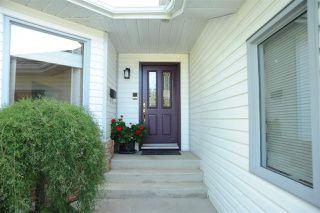 Photo 2: 9 ESSEX Close: St. Albert House for sale : MLS®# E4190609
