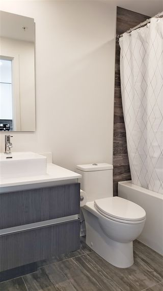 """Photo 12: 2108 1888 GILMORE Avenue in Burnaby: Brentwood Park Condo for sale in """"TRIOMPHE"""" (Burnaby North)  : MLS®# R2447396"""