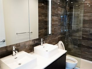 """Photo 7: 2108 1888 GILMORE Avenue in Burnaby: Brentwood Park Condo for sale in """"TRIOMPHE"""" (Burnaby North)  : MLS®# R2447396"""