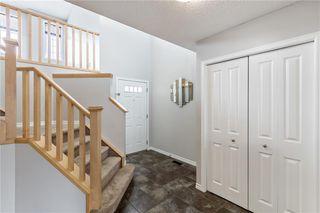 Photo 3: 208 NEW BRIGHTON Drive SE in Calgary: New Brighton Detached for sale : MLS®# C4293616