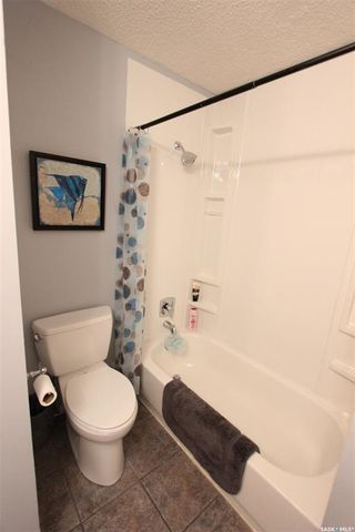 Photo 14: 233 Lorne Street West in Swift Current: North West Residential for sale : MLS®# SK825782
