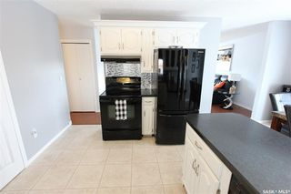 Photo 12: 233 Lorne Street West in Swift Current: North West Residential for sale : MLS®# SK825782