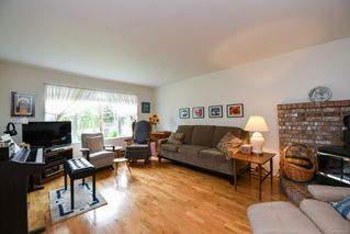 Photo 3: 1461 Embleton Cres in : CV Courtenay City House for sale (Comox Valley)  : MLS®# 856206