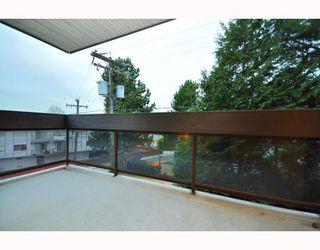 "Photo 25: 203 215 N TEMPLETON Drive in Vancouver: Hastings Condo for sale in ""PORTO VISTA"" (Vancouver East)  : MLS®# V797867"
