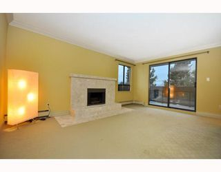 "Photo 2: 203 215 N TEMPLETON Drive in Vancouver: Hastings Condo for sale in ""PORTO VISTA"" (Vancouver East)  : MLS®# V797867"