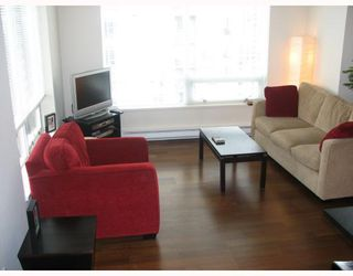 """Photo 4: 2304 1055 HOMER Street in Vancouver: Downtown VW Condo for sale in """"DOMUS"""" (Vancouver West)  : MLS®# V798814"""