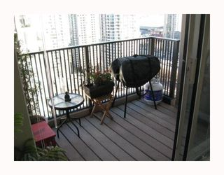 """Photo 18: 2304 1055 HOMER Street in Vancouver: Downtown VW Condo for sale in """"DOMUS"""" (Vancouver West)  : MLS®# V798814"""