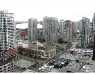 """Photo 10: 2304 1055 HOMER Street in Vancouver: Downtown VW Condo for sale in """"DOMUS"""" (Vancouver West)  : MLS®# V798814"""