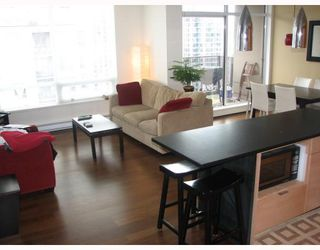 """Photo 1: 2304 1055 HOMER Street in Vancouver: Downtown VW Condo for sale in """"DOMUS"""" (Vancouver West)  : MLS®# V798814"""
