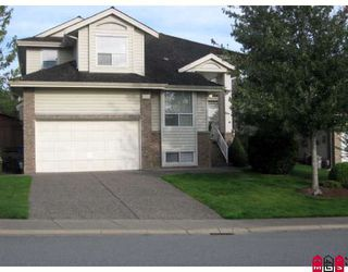 "Photo 1: 8256 153RD Street in Surrey: Fleetwood Tynehead House for sale in ""South View"" : MLS®# F2833751"