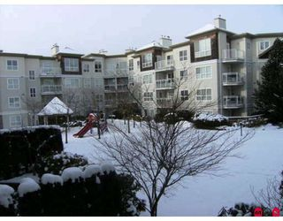 """Photo 8: 215 10186 155TH Street in Surrey: Guildford Condo for sale in """"Somerset"""" (North Surrey)  : MLS®# F2833763"""