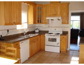 Photo 8: 5736 BURNS Place in Burnaby: Upper Deer Lake House 1/2 Duplex for sale (Burnaby South)  : MLS®# V768194
