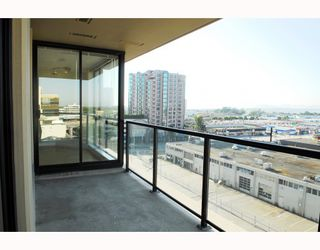 """Photo 8: 908 7831 WESTMINSTER Highway in Richmond: Brighouse Condo for sale in """"CAPRI"""" : MLS®# V779168"""