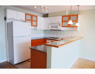 """Photo 5: 908 7831 WESTMINSTER Highway in Richmond: Brighouse Condo for sale in """"CAPRI"""" : MLS®# V779168"""