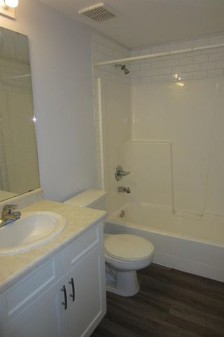 Photo 11: 206 11104 109 Avenue in Edmonton: Zone 08 Condo for sale : MLS®# E4176132