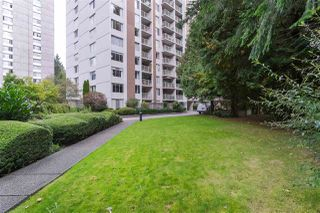"Photo 10: 501 2004 FULLERTON Avenue in North Vancouver: Pemberton NV Condo for sale in ""Woodcroft"" : MLS®# R2411260"