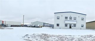 Photo 1: 140 Industrial Drive in Brandon: Industrial / Commercial / Investment for sale (C18)  : MLS®# 1931159