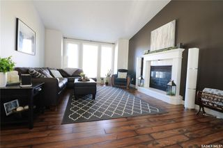 Photo 2: 112 Janet Drive in Battleford: Residential for sale : MLS®# SK808343