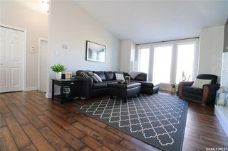 Photo 3: 112 Janet Drive in Battleford: Residential for sale : MLS®# SK808343
