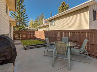 Photo 32: 16 RIVERVALLEY Crescent SE in Calgary: Riverbend Detached for sale : MLS®# C4298006