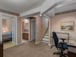 Photo 20: 16 RIVERVALLEY Crescent SE in Calgary: Riverbend Detached for sale : MLS®# C4298006