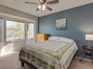 Photo 11: 16 RIVERVALLEY Crescent SE in Calgary: Riverbend Detached for sale : MLS®# C4298006
