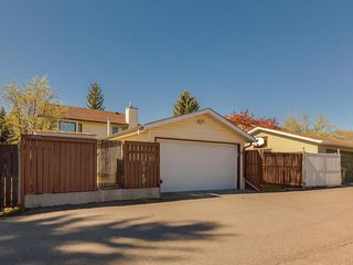 Photo 41: 16 RIVERVALLEY Crescent SE in Calgary: Riverbend Detached for sale : MLS®# C4298006