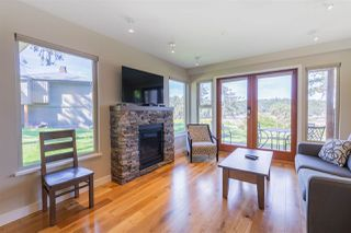 Photo 5: 117 494 ARBUTUS Drive: Mayne Island Condo for sale (Islands-Van. & Gulf)  : MLS®# R2477437