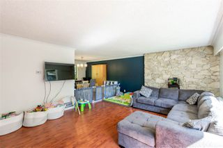 Photo 9: 8937 EDINBURGH Drive in Surrey: Queen Mary Park Surrey House for sale : MLS®# R2485380