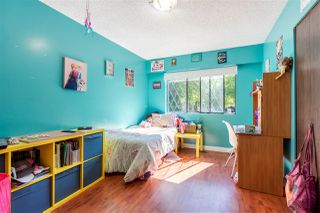 Photo 23: 8937 EDINBURGH Drive in Surrey: Queen Mary Park Surrey House for sale : MLS®# R2485380