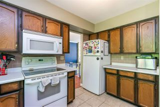 Photo 15: 8937 EDINBURGH Drive in Surrey: Queen Mary Park Surrey House for sale : MLS®# R2485380