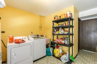 Photo 31: 8937 EDINBURGH Drive in Surrey: Queen Mary Park Surrey House for sale : MLS®# R2485380