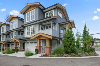 """Photo 2: 1 24086 104 Avenue in Maple Ridge: Albion Townhouse for sale in """"Willow"""" : MLS®# R2493226"""
