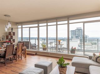 "Photo 3: PH6 888 CARNARVON Street in New Westminster: Downtown NW Condo for sale in ""MARINUS"" : MLS®# R2509540"