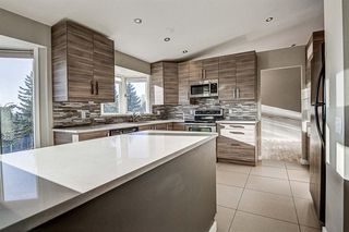 Photo 13: 11 Hawkslow Place NW in Calgary: Hawkwood Detached for sale : MLS®# A1050664